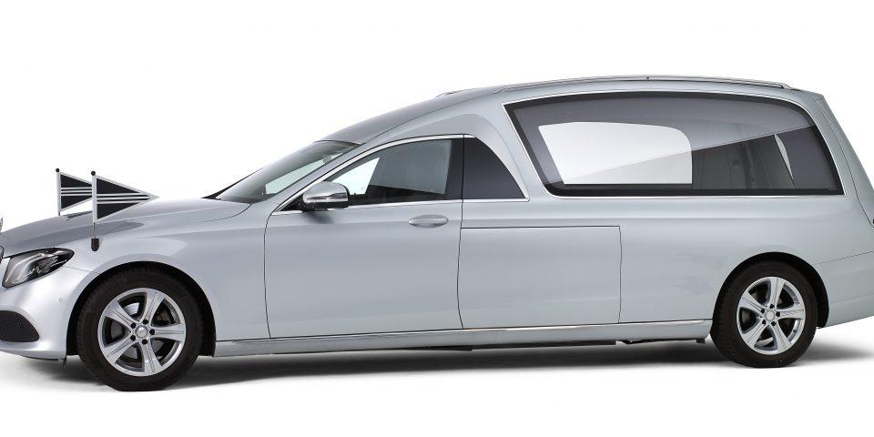 Mercedes grijs – Glas Rouwauto
