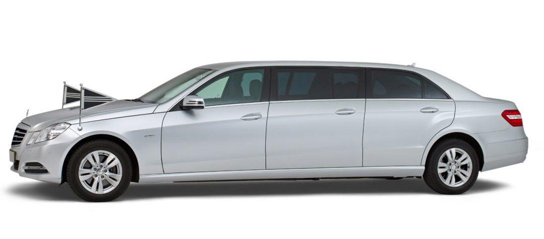 Mercedes grijs – 7 Persoons Volgauto